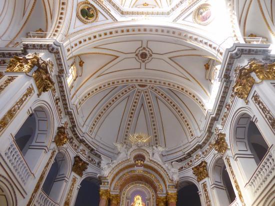 Parroquia de Nuestra Señora del Consuelo: Bóveda
