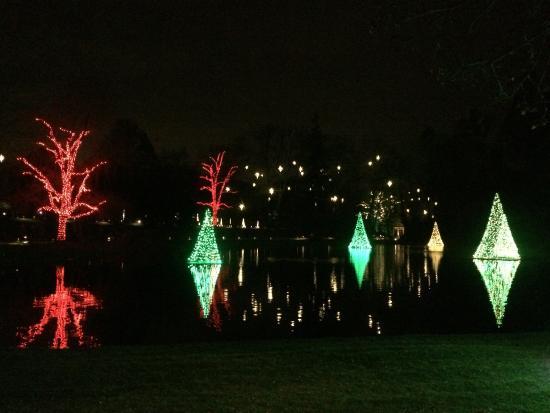 longwood gardens christmas lights on the water 2015 - Longwood Gardens Christmas Lights