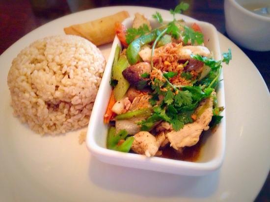 Weera Thai Restaurant Lunch Special Pepper Garlic Sauce