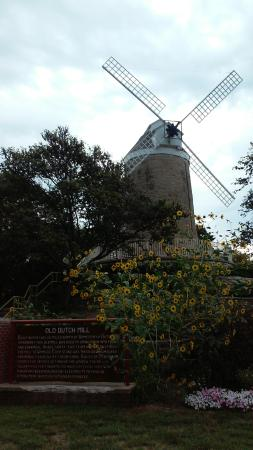 The Old Dutch Mill in Wamego (KS) City Park.