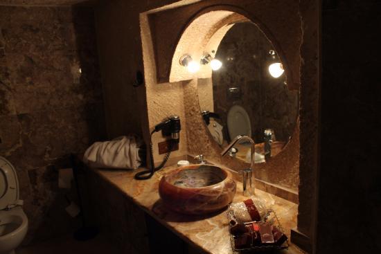MDC Hotel: Bathroom