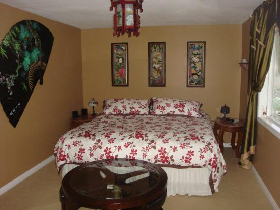 Country Aire Bed and Breakfast: Orient Room