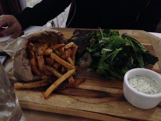 Riverview, FL: Steak Tips w/ garlic fries !