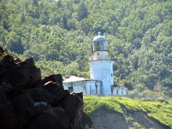 Lighthouse Zhonkier: вид маяка с мыса Жонкиер