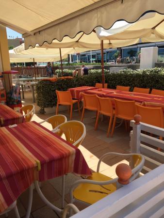 esterno locale - Foto di Bar Ristorante Mario, Riccione - TripAdvisor