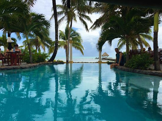 Pelican Reef Villas Resort: view from the infinity pool