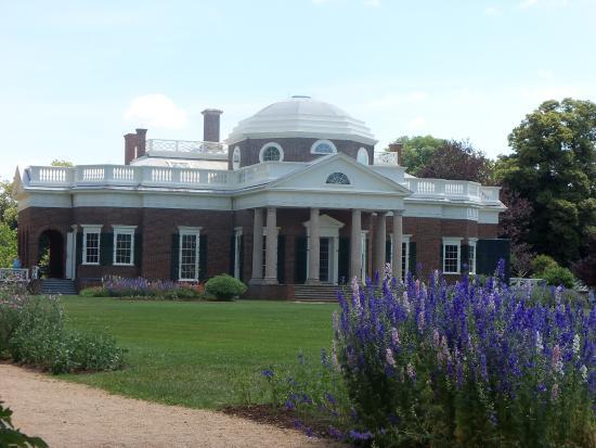 Το Monticello του Thomas Jefferson: Monticello from the back
