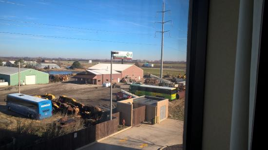 Hampton Inn and Suites Peoria at Grand Prairie: View of Route 6