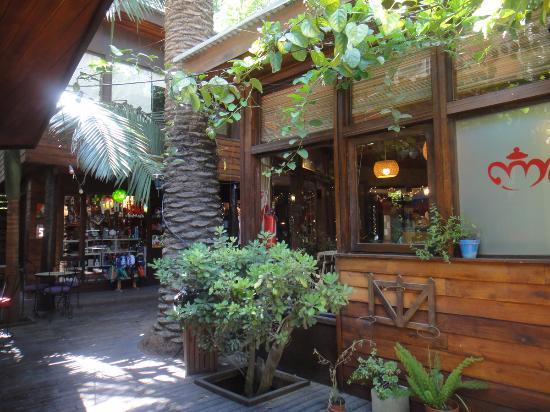 Paseo Mendoza: Aqui y alla, hay belleza y calidez
