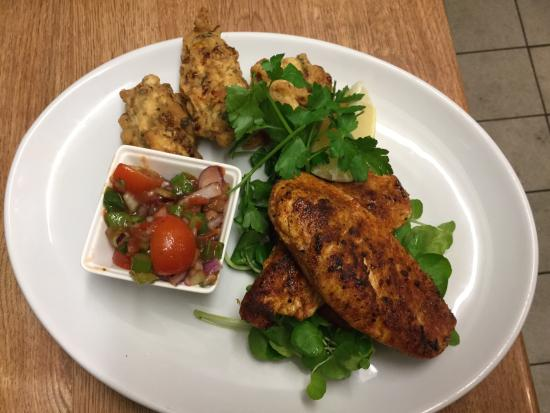 Parkend, UK: Cajun Chicken Breast with Corn Fritters and Home made Salsa