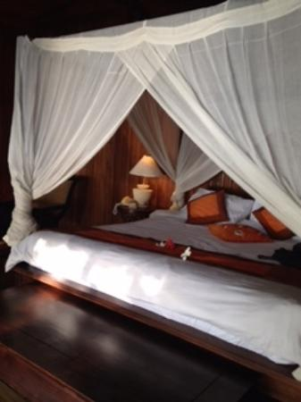 Siladen Resort & Spa: Bed