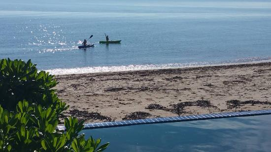 Newell Beach, Austrália: Canoes come with the house