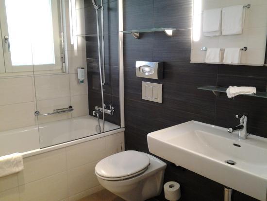 Sternen Oerlikon Hotel: bagno