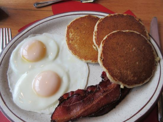 Sugar Hill, Nueva Hampshire: Pancakes, Bacon & Eggs