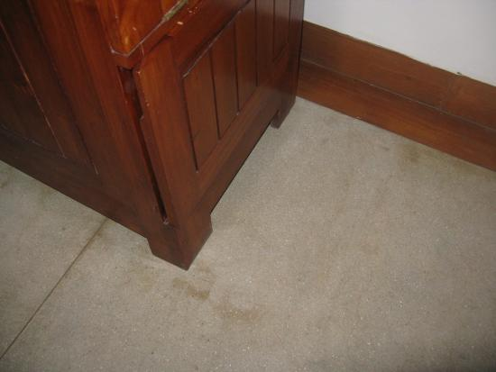 Heritance Ahungalla: Some day the floor may get a clean