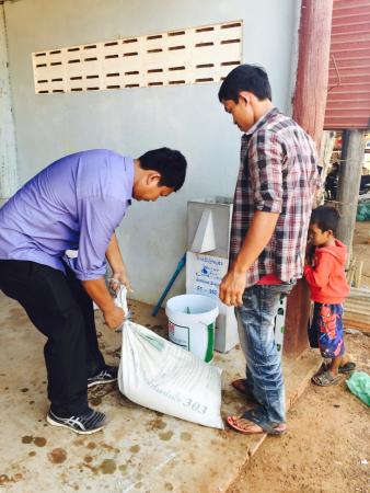 Angkor Palace Resort & Spa: Mr Horm Honn, the Resort Concierge working hard to help!