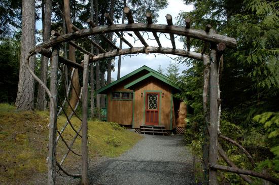 Honeysuckle Cottage B&B Retreat