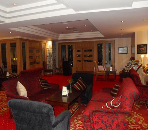Comfortable surrourdings picture of dublin skylon hotel for Comfy hotels resorts