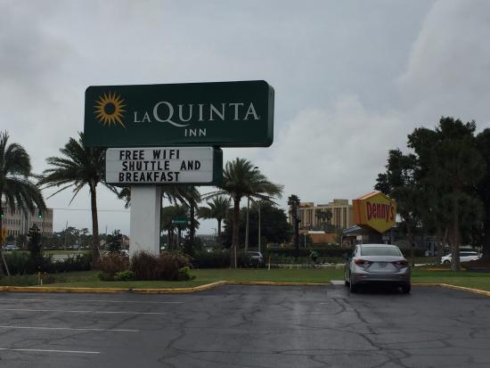 La Quinta Inn Orlando International Drive North: Fundos