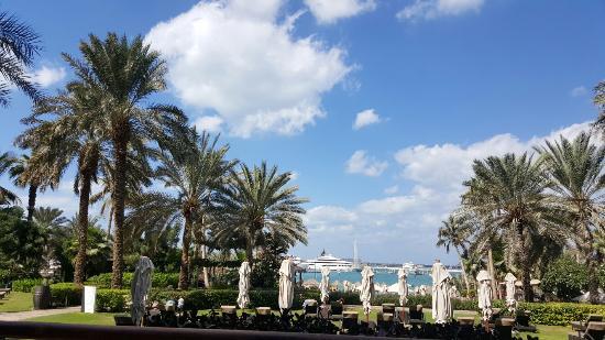 Le Meridien Mina Seyahi Beach Resort and Marina: 20151114_114512_large.jpg
