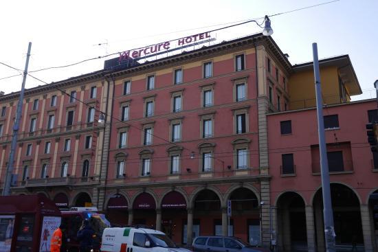Mercure Bologna Centro: ホテル