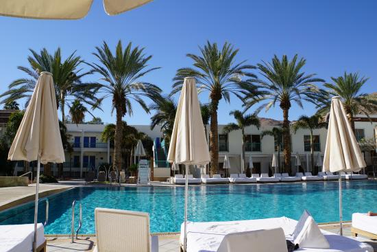 Isrotel Yam Suf Hotel: hotel pool