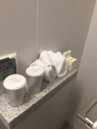 Metro Hotel: Shoppers room