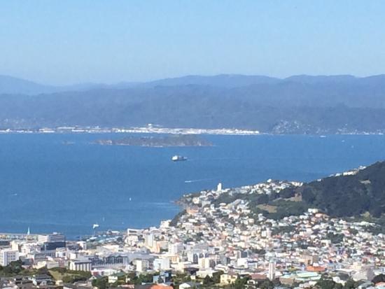 Wellington Wind Turbine : photo0.jpg