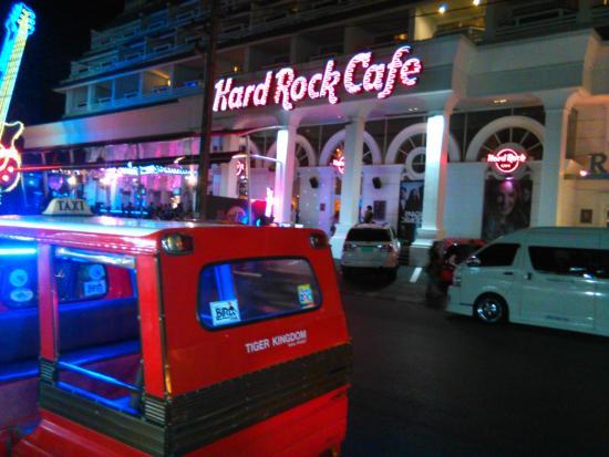 Hyton Leelavadee Phuket: Hard Rock