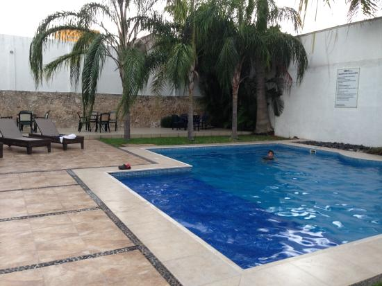 Hotel Embajadores: pool