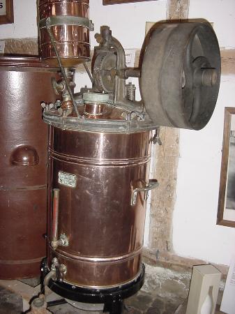 Lapoutroie, France : machine pour eiercognac