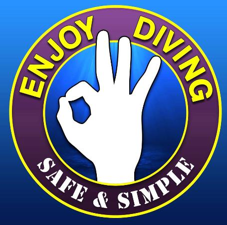 ‪Enjoy Diving‬