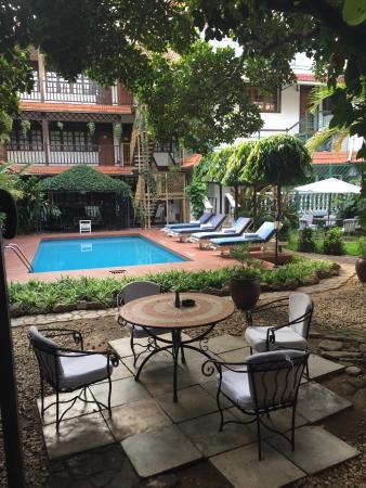Protea Hotel by Marriott Dar es Salaam Courtyard: photo0.jpg