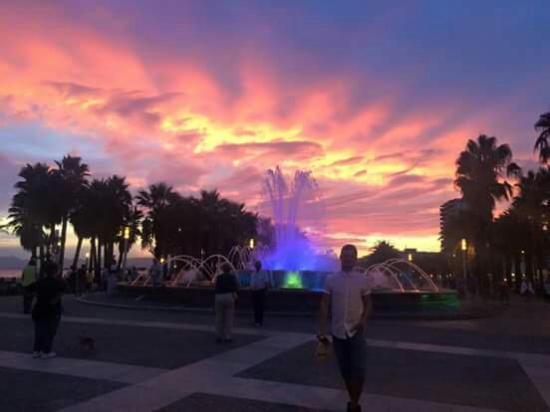 Illuminated Fountain: FB_IMG_1442220057157_large.jpg
