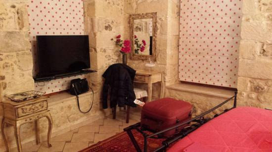 Avli Lounge Apartments: 20151212_215256_large.jpg