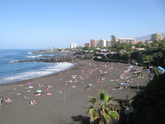 The waves are big picture of playa jardin puerto de la for Playa jardin