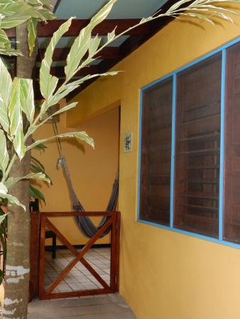 Hotel Guarana: Entrance to cabina 1
