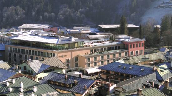 Hotel Edelweiss: Blick auf das Hotel