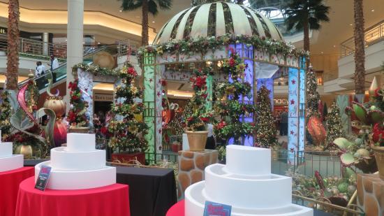 Gardens Mall Christmas 4