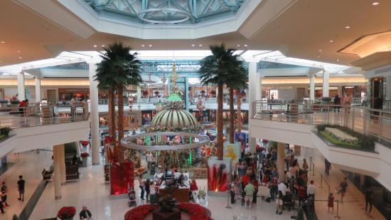 Gardens Mall Palm Beach Gardens 6