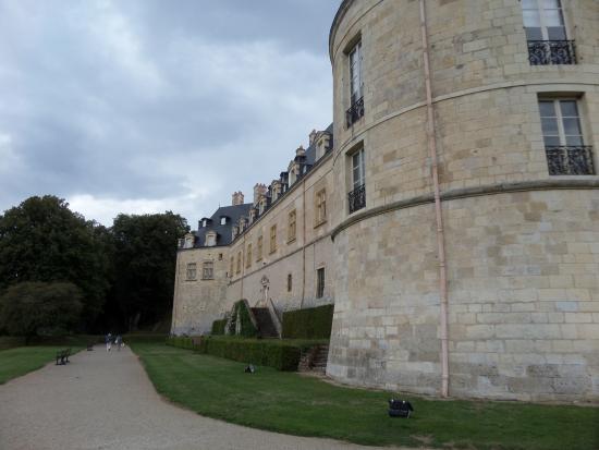 Castle of Apremont 2