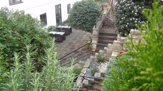 la terrasse picture of mercure paris gobelins place d 39 italie paris tripadvisor. Black Bedroom Furniture Sets. Home Design Ideas