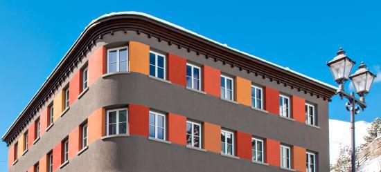 Hotel Donatz: Hotel Aussenansicht