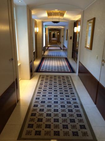 Hotel Adlon Kempinski: photo0.jpg
