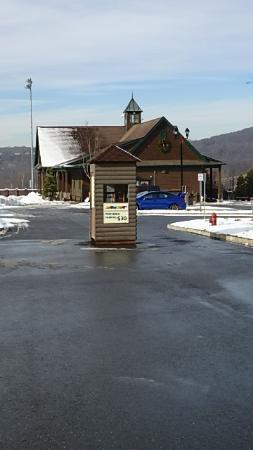 Mountain Creek: Premium Parking