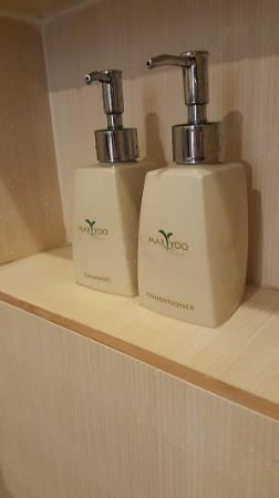 Maryoo Hotel: The toiletries provided
