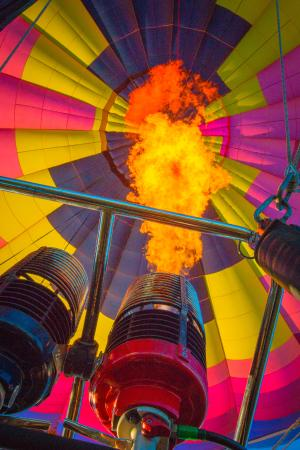 Rohr Balloons Hot Air Balloon Rides : Flame on!
