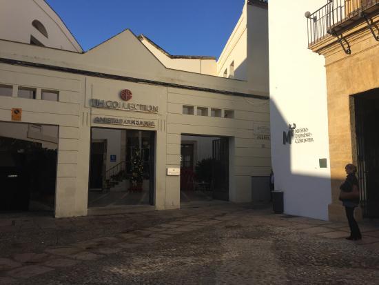 NH Collection Amistad Córdoba: Main entrance