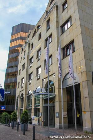 Hotel Rheingold : Fachada hotel