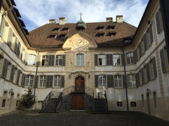 Porrentruy, Svizzera: The front of the building, from the courtyard
